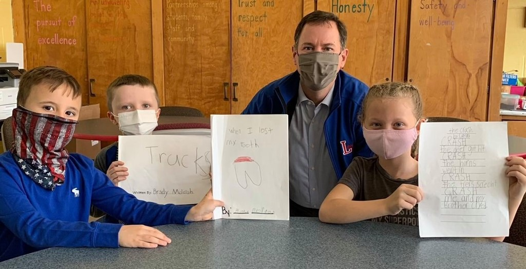 Dr. Gleichauf meets with elementary students